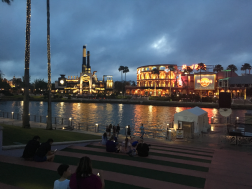 Finally got to sit down after more than 15,000 steps spent at the Universal Studios and Islands of Adventure, Universal CityWalk.